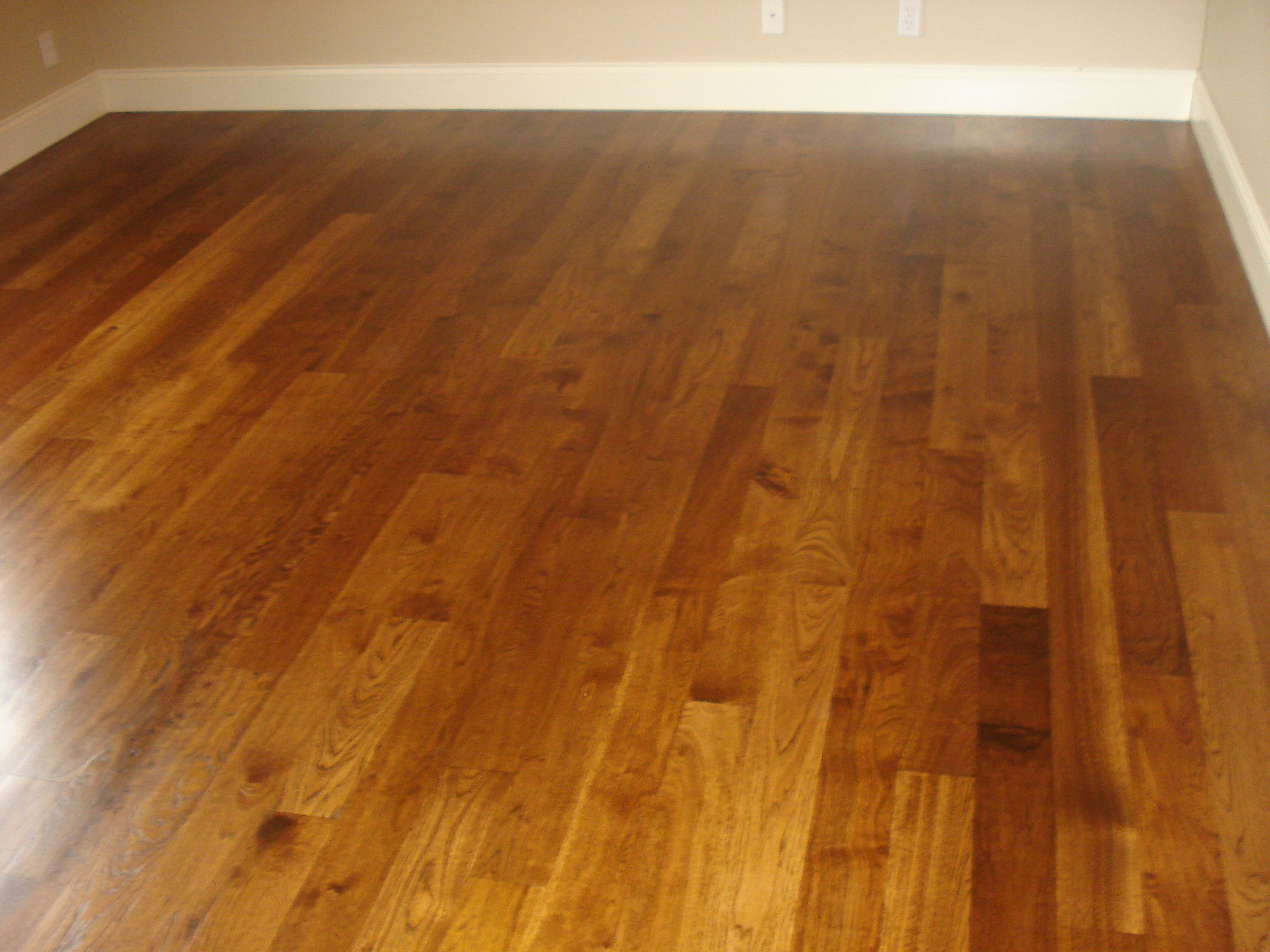 Empty Room Hardwood Floor 3